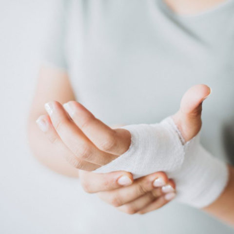 Ferite e semi amputazioni dita delle mani
